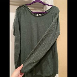 CUTE Cato long sleeve with gold accents xl